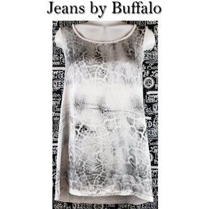 Jeans by Buffalo Shirt Size Large